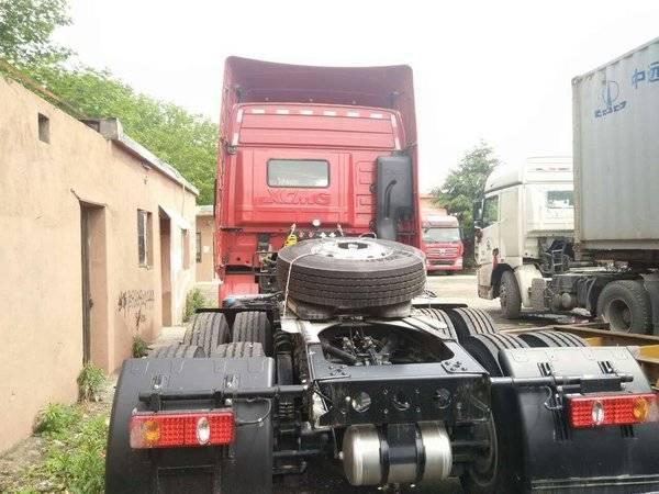 徐工 汉风g7重卡 430马力 6x4 牵引车装配高顶驾驶室,动力方面,搭载