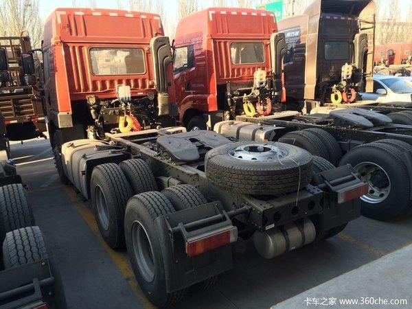 青岛解放 悍v重卡 375马力 6x4牵引车装配高顶驾驶室,动力方面,搭载