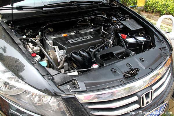 每半年可以进行一次发动机舱清洗 教授曾经见过一台04年的雅阁发动机