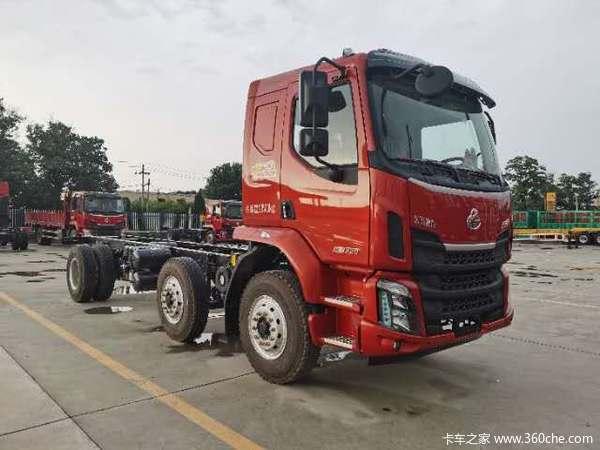 东风柳汽 新乘龙M3中卡 220马力 6X2 6.8米栏板载货车(LZ1240M3CB)