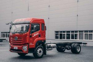 佛山顺肇解放JK6 7.7米两轴载货独家预售中