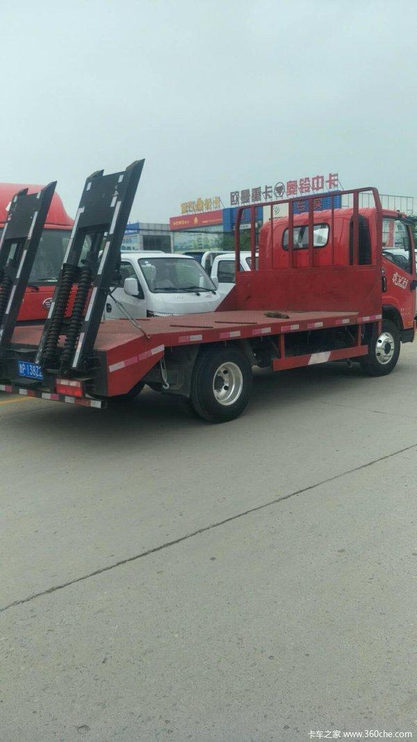 解放 虎VH 130马力 4X2 4.21米平板运输车(CA5045TPBP40K17L1E5A84)