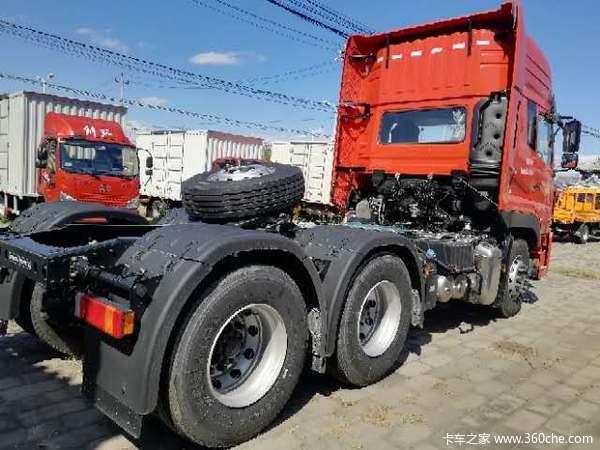沃尔沃技术465马力,800升油箱,倒车影像九寸大屏,防碰撞报警