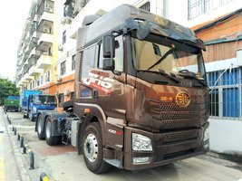 爆发力强油耗低 解放JH6430牵引车限时促销中 优惠1.08万
