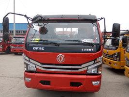 多利卡D8载货车火热促销中 让利高达0.2万