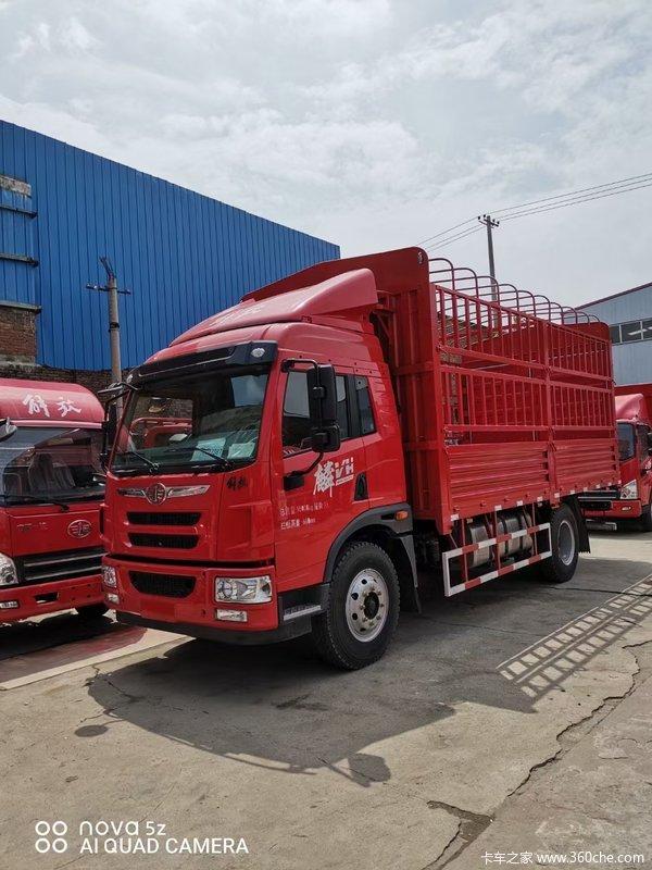 解放 麟V中卡 160马力 4X2 6.2米排半仓栅式载货车底盘(CA5140CCYP40K2L5E5A85)