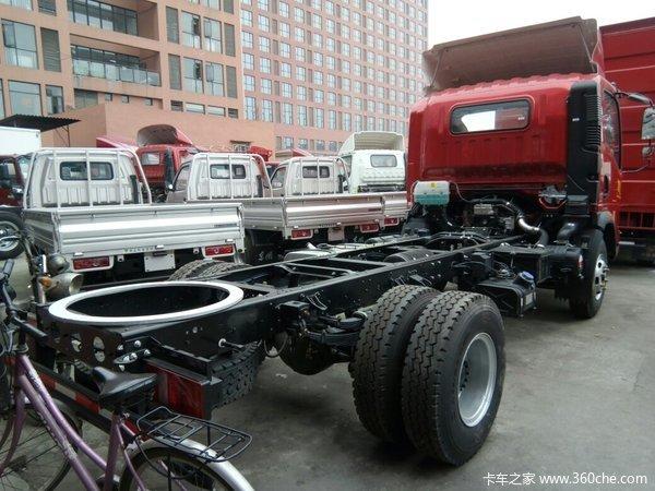 4米2配170马力发动机HOWO轻卡疯了?