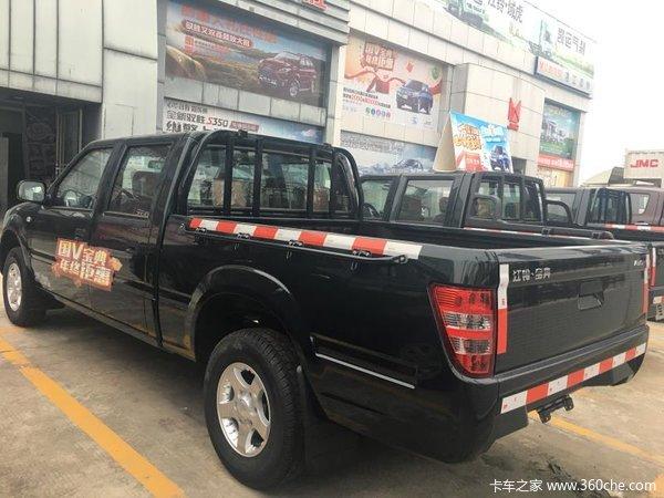 新车促销阳江江铃宝典皮卡现售9.38万