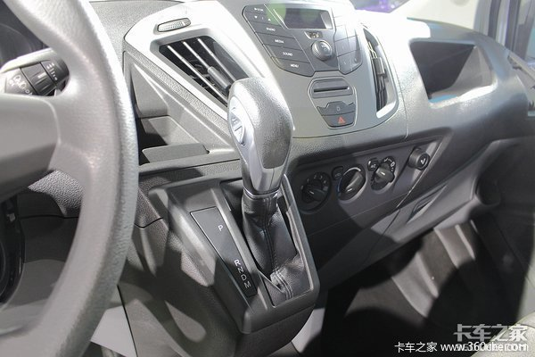 新车促销湛江新全顺封闭货车售15.79万