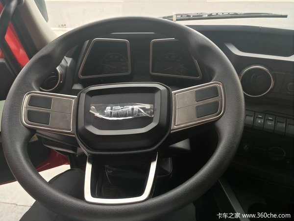 新车促销重庆江铃威龙牵引车现售39万