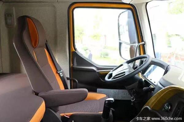 直降0.2万元深圳乘龙H7牵引车促销中