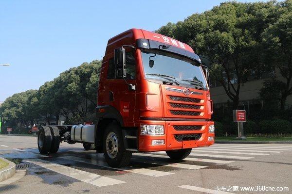 新车促销深圳龙V载货车现售15.8万元