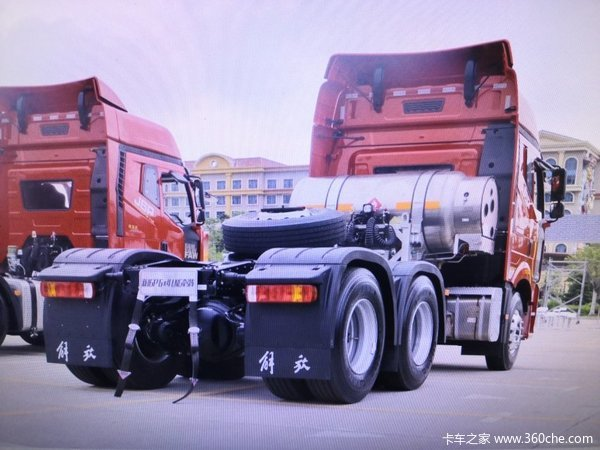 新车优惠吕梁解放J6牵引车仅售44.7万元