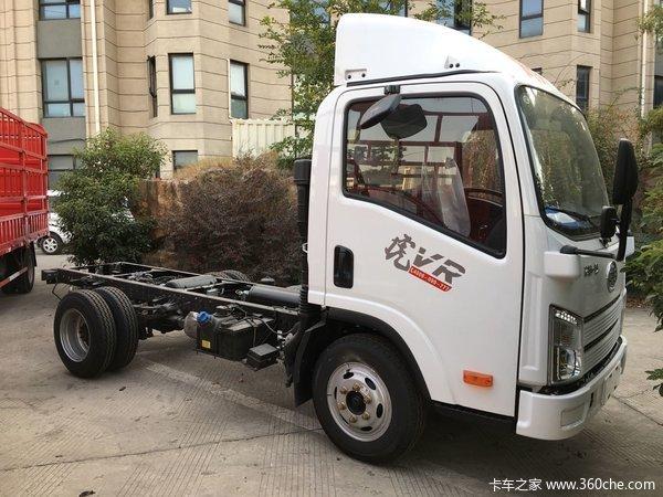 新车到店上海一汽解放虎VR仅售6.8万