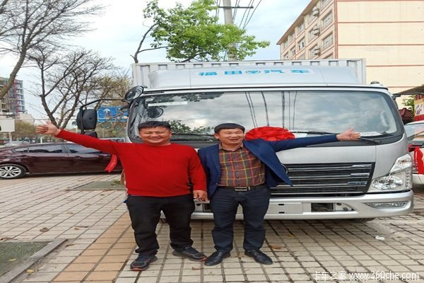 现场交车1台赣州同鑫时代领航载货车
