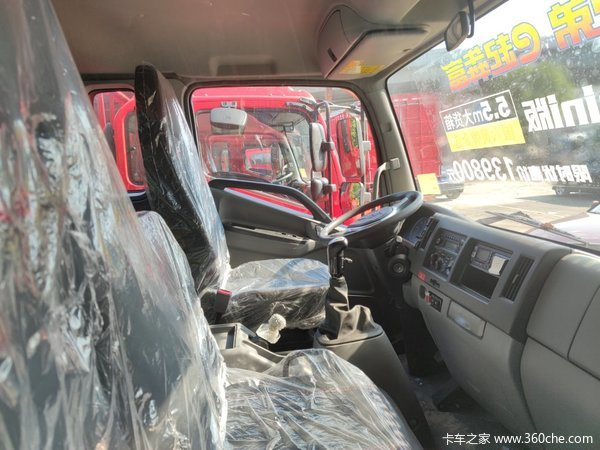新车到店绍兴德沃斯V8载货仅售13.98万