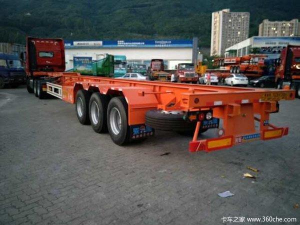 华海通汽车45尺2.5米宽轻量化集装箱运输半挂车集装箱式半挂车图片