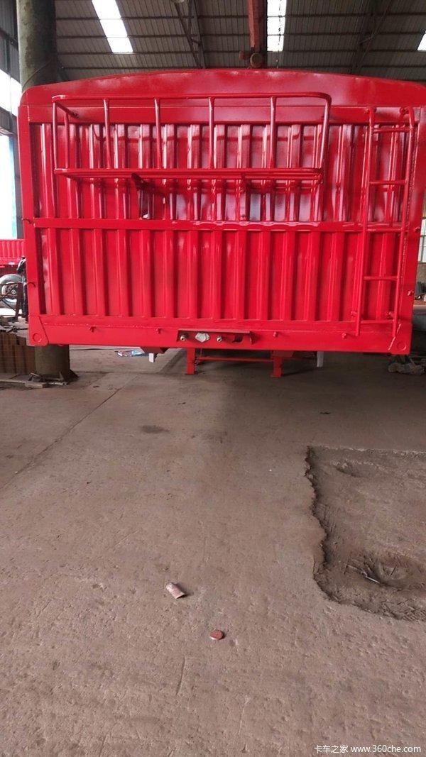 13米轻型仓栏仓栅式半挂车图片