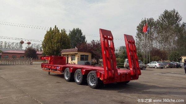 工程机械半挂运输半挂车凹梁式低平板图片