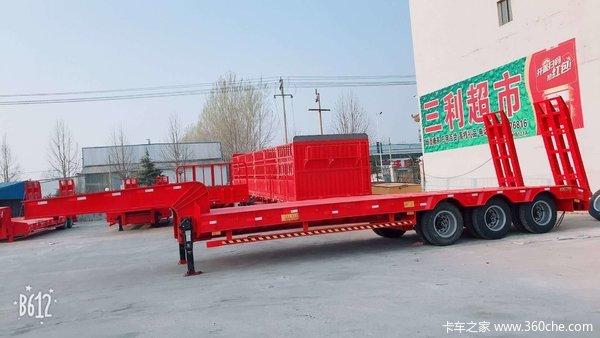 低平板半挂车9-13.75米专业制造低平板半挂车图片