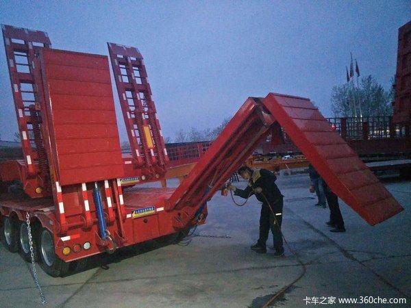 17米5~16米~13米75,前后3米等宽,高低板,提供正规手续低平板半挂车图片