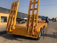13米3米宽挖掘机专用半挂车低平板半挂车图片