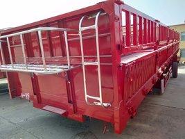 仓栅式半挂车整车高强钢制作自重轻仓栅式半挂车