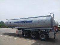 普通液体运输半挂车罐式半挂车图片